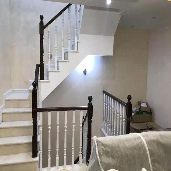 定制实木楼梯